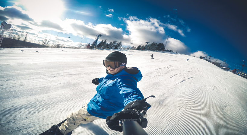 https://vidooly.com/blog/wp-content/uploads/2015/12/rsz_gopro-hero-4-black-snowboarding.jpg