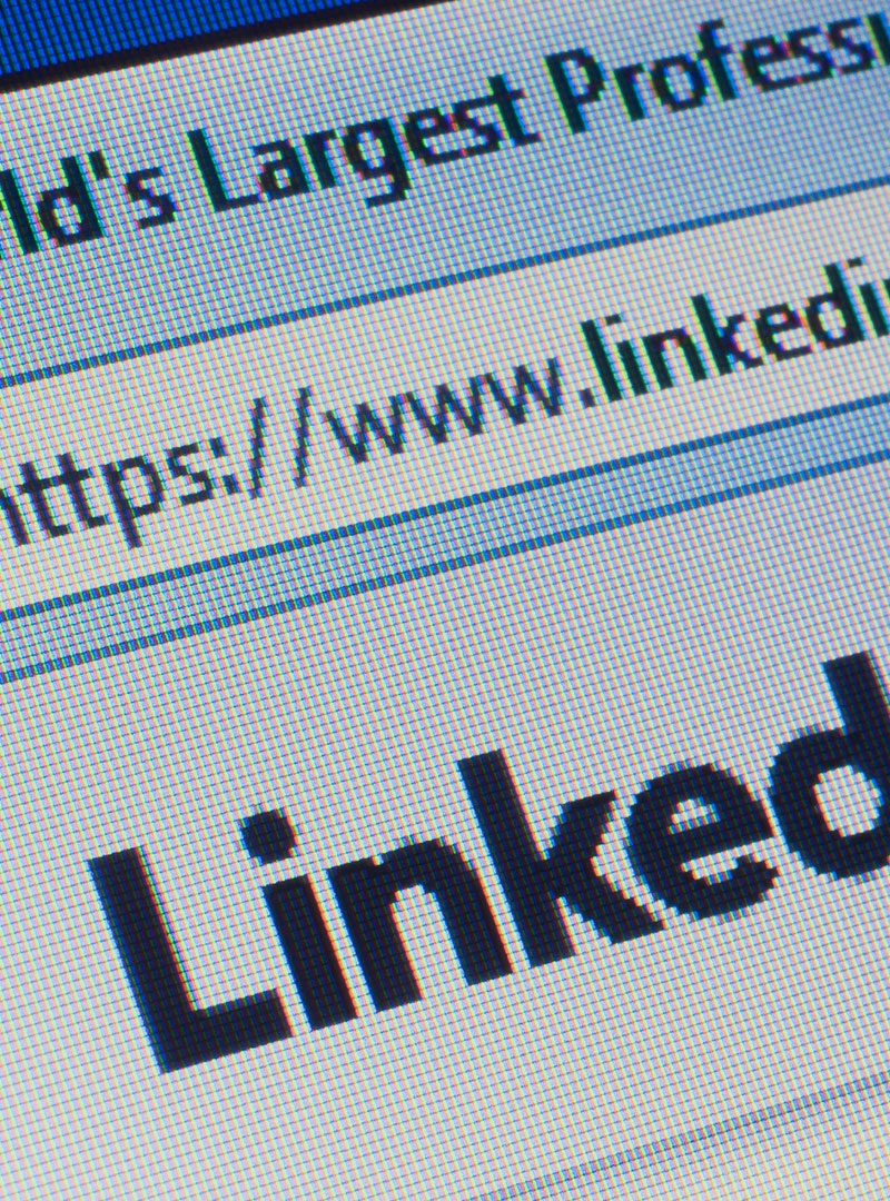 LinkedIn Launches Custom call to action (CTA) buttons to pages