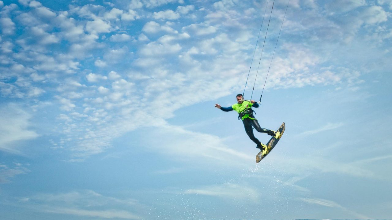 https://vidooly.com/blog/wp-content/uploads/2019/07/action-adventure-air-balance-clouds-exhilaration-1536117-pxhere.com_-1280x720.jpg