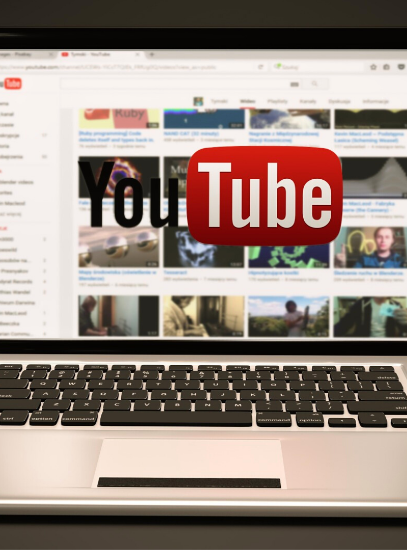 10 Best Entertaining YouTube Channels to Subscribe Right Now